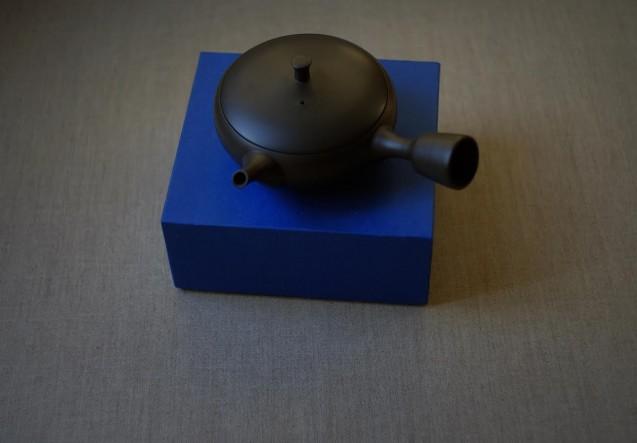 Omuya teapot